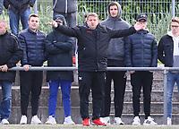 Trainer Driton Kameraj (Büttelborn, l.) und Patrick Schröder - Büttelborn 15.05.2019: SKV Büttelborn vs. Kickers Offenbach, A-Junioren, Hessenpokal Halbfinale