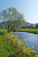 Germany, Baden-Wurttemberg, Black Forest, springtime at Kinzig Valley near Hausach | Deutschland, Baden-Wuerttemberg, Schwarzwald, Fruehling im Kinzigtal bei Hausach