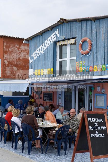 """Europe/France/Aquitaine/33/Gironde/Bassin d' Arcachon/Andernos-les-Bains : Restaurant de Gilles Dulac  """"L'Esquirey"""" dans un ancien cabanon d'ostréiculteur."""