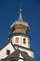 Europe/Italie/Trentin Haut-Adige/Dolomites/Alta Badia/ San Cassiano: l'église du village