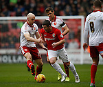 Conor Sammon of Sheffield Utd challenges John Fleck of Coventry - English League One - Sheffield Utd vs Coventry City - Bramall Lane Stadium - Sheffield - England - 13th December 2015 - Pic Simon Bellis/Sportimage-