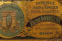 Europe/France/Bourgogne/21/Côte d'Or: Détail vielles boîtes de pain d'épices