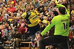Rhein Neckar Loewe Mads Mensah Larsen (Nr.22) gegen Nantes Arnaud Siffert (Nr.16) beim Spiel in der Handball Champions League, Rhein Neckar Loewen - HBC Nantes.<br /> <br /> Foto &copy; PIX-Sportfotos *** Foto ist honorarpflichtig! *** Auf Anfrage in hoeherer Qualitaet/Aufloesung. Belegexemplar erbeten. Veroeffentlichung ausschliesslich fuer journalistisch-publizistische Zwecke. For editorial use only.