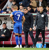 Everton manager Marco Silva issues instructions to Richarlison during a break in play<br /> <br /> Photographer Rich Linley/CameraSport<br /> <br /> The Premier League - Burnley v Everton - Saturday 5th October 2019 - Turf Moor - Burnley<br /> <br /> World Copyright © 2019 CameraSport. All rights reserved. 43 Linden Ave. Countesthorpe. Leicester. England. LE8 5PG - Tel: +44 (0) 116 277 4147 - admin@camerasport.com - www.camerasport.com