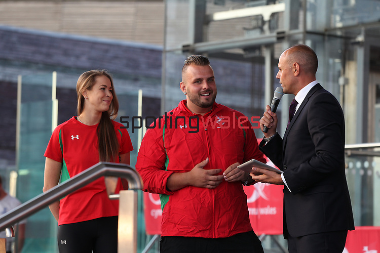 Glasgow 2014 Comonwealth Games<br /> Team Wales reception<br /> Frankie Jones &amp; Aled Davies with Jason Mohammad.<br /> Senedd<br /> 10.09.14<br /> &copy;Steve Pope-SPORTINGWALES