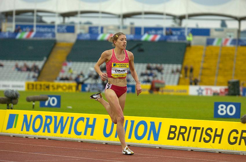 Photo: Richard Lane/Sportsbeat Images..Norwich Union British Grand Prix, Sheffield. 15/07/2007. .Hattie Dean of Great Britain runs home to break the national record in the women's 3000m steeplechase.