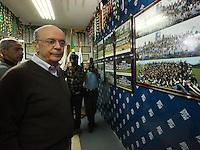 SAO PAULO, 28 DE AGOSTO DE 2012. ELEICOES 2012 - JOSE SERRA. O candidato do PSDB a prefeitura de Sao Paulo, Jose Serra, visita a Capela do Socorro na zona sul da capital Paulista. FOTO ADRIANA SPACA BRAZIL PHOTO PRESS