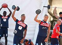 Jonathan de Guzman  Gokhan Inler <br /> pesi e equiibrismo per i calciatori<br /> ritiro precampionato Napoli Calcio a  Dimaro 18 Luglio 2015<br /> <br /> Preseason summer training of Italy soccer team  SSC Napoli  in Dimaro Italy July 18, 2015