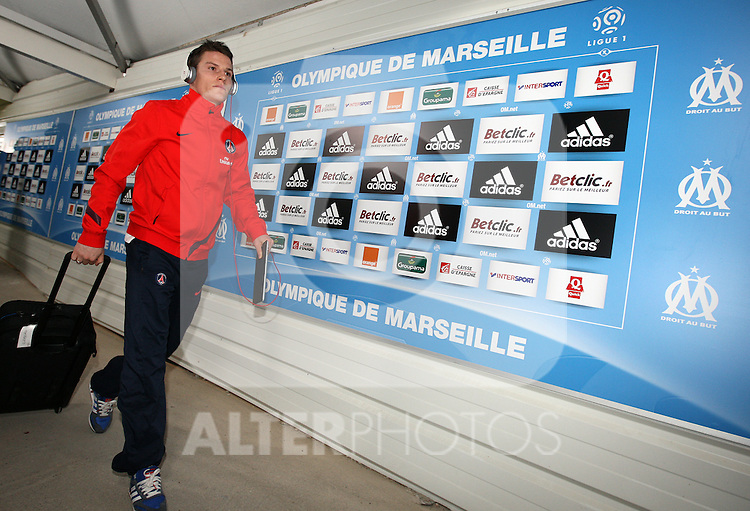 PSG Kevin Gameiro arrives at the stadium before the 15eme journée of the French Ligue 1 match between Olympique Marseille and Paris St Germain at the Stade Velodrome on November 27th, 2011 in Marseille, France. OM beat their rivals 3-0 in Le Classico.