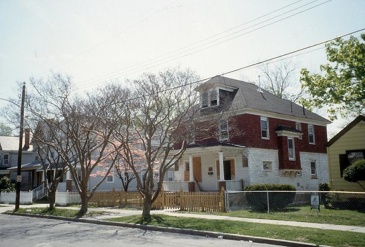 1996 April 23..Conservation.Park Place..BEFORE REHAB.713 WEST 34TH STREET...NEG#.NRHA#..
