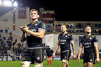 Stuart Hooper of Bath Rugby acknowledges the crowd after the match. European Rugby Champions Cup match, between RC Toulon and Bath Rugby on January 10, 2016 at the Stade Mayol in Toulon, France. Photo by: Patrick Khachfe / Onside Images