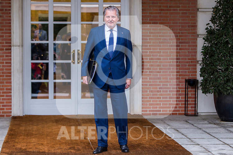 Spanish Minister of Education, Culture and Sport and Spokesman Inigo Mendez de Vigo during the prensentation of Rajoy's New Government at Moncloa Palace in  Madrid, Spain. November 04, 2016. (ALTERPHOTOS/Rodrigo Jimenez)