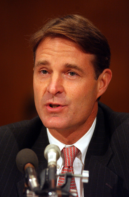 4bio100901 -- Sen. Evan Bayh, D-Ind., testify at a Senate Health, Education, Labor and Pensions Committee, Public Health Subcommittee hearing on bioterrorism..