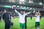 Stockholm 2014-04-14 Fotboll Superettan Hammarby IF - Degerfors IF :  <br /> Hammarbys Amadayia Rennie med en halsduk &auml;r glad och jublar med Hammarbys supportrar efter matchen <br /> (Foto: Kenta J&ouml;nsson) Nyckelord:  HIF Bajen Degerfors  jubel gl&auml;dje lycka glad happy