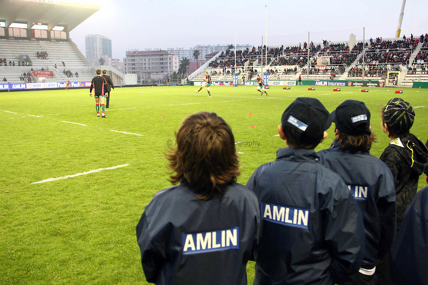 Photo: Iconsport/Richard Lane Photography. Toulon v Scarlets. Amlin Challenge Cup Quarter Final. 11/04/2010. .Ball boys.
