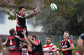 Federick Cain passes the ball back from a lineout. Counties Manukau Premier Club Rugby game between Papakura and Karaka played at Massey Park Papakura on Saturday May 5th 2018. Papakuar won the game 28 - 25 after trailing 6 - 12 at halftime.<br /> Papakura - Faalae Peni, Darryl Hemopo, George Crichton, Federick Cain tries, Faalae Peni conversion; Faalae Peni 2 penalties, Karaka -Salesitangi Savelio, Cardiff Vaega, Walter Fifita tries, Juan Benadie 2 conversions, Juan Benadie 2 penalties.<br /> Photo by Richard Spranger.