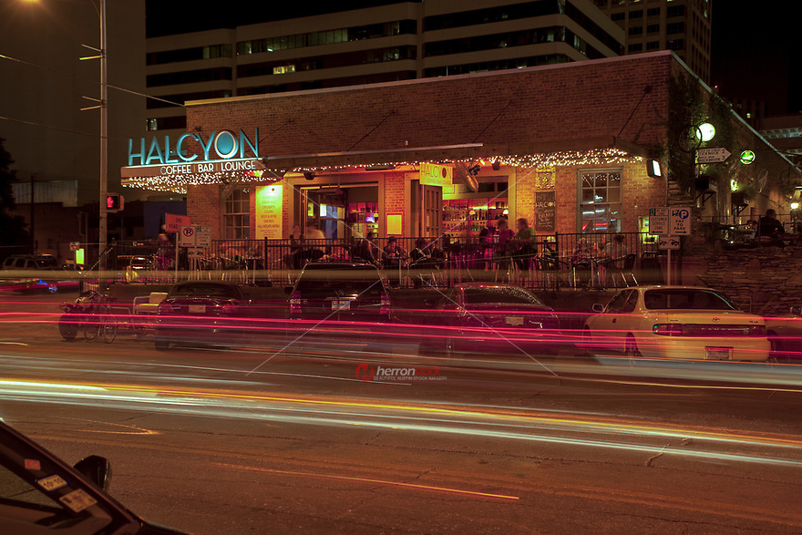 The Warehouse District - Home to trendy restaurants, top-notch live music, and distinctive bars in downtown Austin, Texas, USA