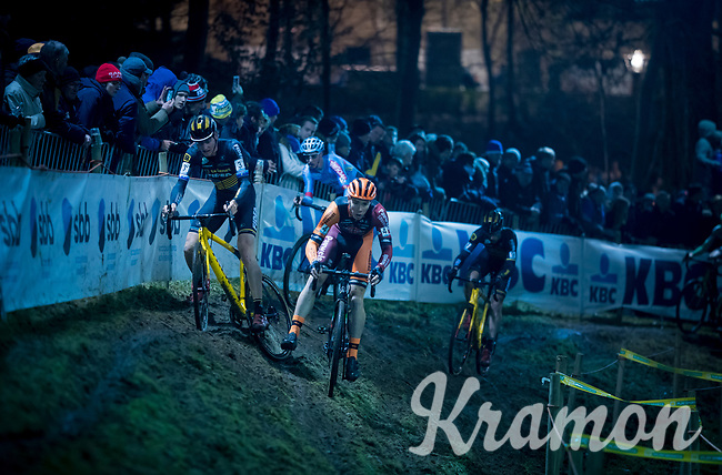 Toon Aerts (BEL/Telenet Fidea Lions) slips out of the race lead while Laurens Sweeck (BEL/Pauwels Sauzen-Vastgoedservice) overtakes him<br /> <br /> 44th Superprestige Diegem (BEL) 2018<br /> ©kramon
