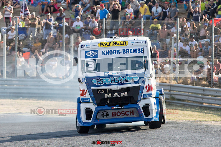 German driver Jochen  Hahn belonging German team Jochen Hahn during the fist race R1 of the XXX Spain GP Camion of the FIA European Truck Racing Championship 2016 in Madrid. October 01, 2016. (ALTERPHOTOS/Rodrigo Jimenez) /NortePHOTO /NORTEPHOTO.COM