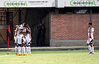 BOGOTÁ -COLOMBIA, 11-03-2015. Jugadores del Deportes Tolima celebran un gol anotado a Cúcuta Deportivo durante partido por la fecha 9 de la Liga Aguila I 2015 jugado en el estadio General Santander de la ciudad de Cúcuta./ Players of Deportes Tolima celebrate a goal scored to Cucuta Deportivo during match for the 9th date of the Aguila League I 2015 played at General Santander stadium in Cucuta city. Photo: VizzorImage/ Manuel Hernandez / STR