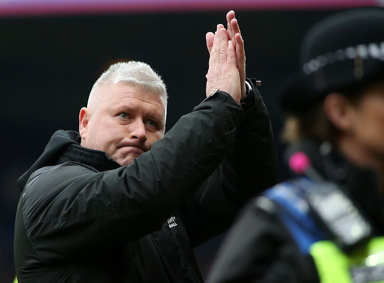 Blackpool's Manager Terry McPhillips at the final whistle<br /> <br /> Photographer David Shipman/CameraSport<br /> <br /> The EFL Sky Bet League One - Luton Town v Blackpool - Saturday 6th April 2019 - Kenilworth Road - Luton<br /> <br /> World Copyright © 2019 CameraSport. All rights reserved. 43 Linden Ave. Countesthorpe. Leicester. England. LE8 5PG - Tel: +44 (0) 116 277 4147 - admin@camerasport.com - www.camerasport.com