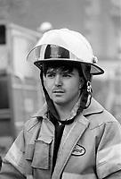 Un incendie criminel a lÕeglise unitarienne coute la vie ˆ deux pompiers, le 25 mai 1987<br /> <br /> <br /> PHOTO :  Pierre Roussel - <br />  - Agence Quebec Presse