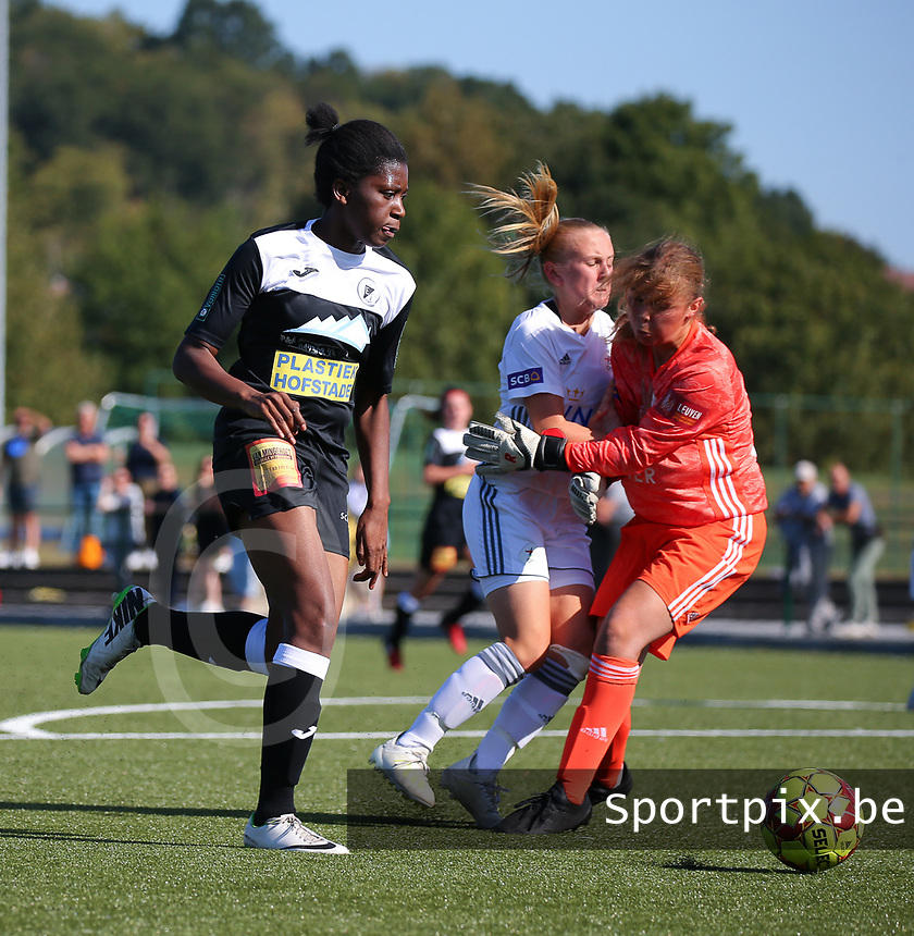 20190921 – LEUVEN, BELGIUM : E. Aalst's Henriette Awete is pictured in the making of her goal during a women soccer game between  Oud Heverlee Leuven Ladies B and Eendracht Aalst Ladies on the fourth matchday of the Belgian Division 1 season 2019-2020, the Belgian women's football  national division 1, Saturday 21th September 2019 at the Bruinveld Youth Complex, Domeinstraat in Leuven , Belgium. PHOTO SPORTPIX.BE | SEVIL OKTEM