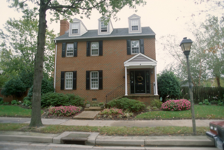 1998 October ..Redevelopment.East Ghent..GHENT SQUARE.SINGLE FAMILY..NEG#.NRHA#..