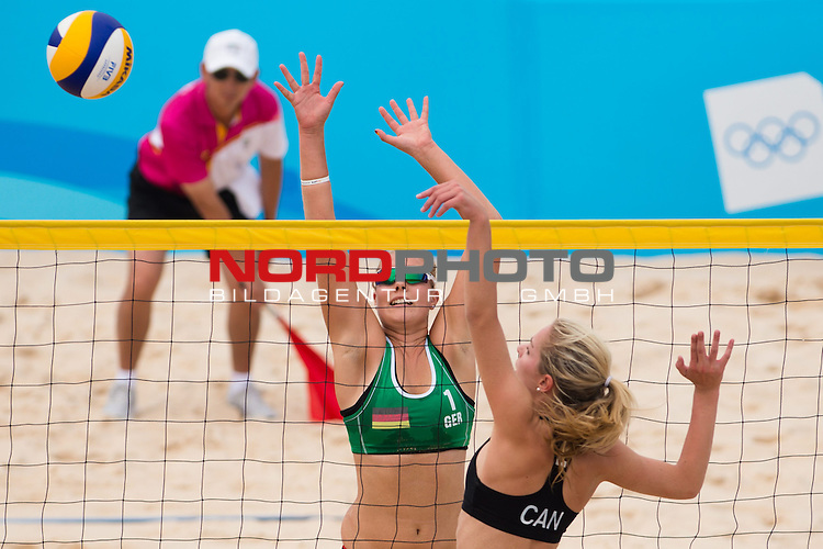 26.08.2014, Nanjing, Youth Olympic Sports Park<br /> Youth Olympic Games 2014, Halbfinale<br /> <br /> Block Sarah Schneider (GER) - Angriff Megan McNamara (CAN)<br /> <br />   Foto &copy; nordphoto / Kurth
