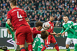 01.12.2018, Weser Stadion, Bremen, GER, 1.FBL, Werder Bremen vs FC Bayern Muenchen, <br /> <br /> DFL REGULATIONS PROHIBIT ANY USE OF PHOTOGRAPHS AS IMAGE SEQUENCES AND/OR QUASI-VIDEO.<br /> <br />  im Bild<br /> kopfball Leon Goretzka (FC Bayern Muenchen #18)<br /> Niklas S&uuml;le / Suele (FC Bayern Muenchen #04)<br /> Yuya Osako (Werder Bremen #08)<br /> <br /> <br /> Foto &copy; nordphoto / Kokenge