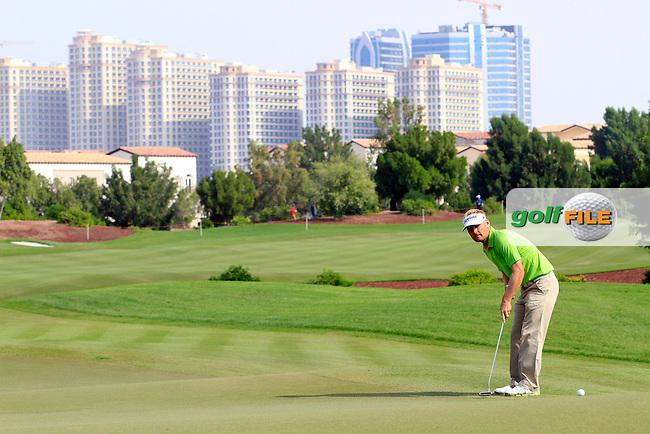 Soren Kjeldsen (DEN) on the 8th during Round 2 of the DP World Tour Championship, Jumeirah Golf Estates, Dubai, United Arab Emirates. 23/11/12...(Photo Jenny Matthews/www.golffile.ie)