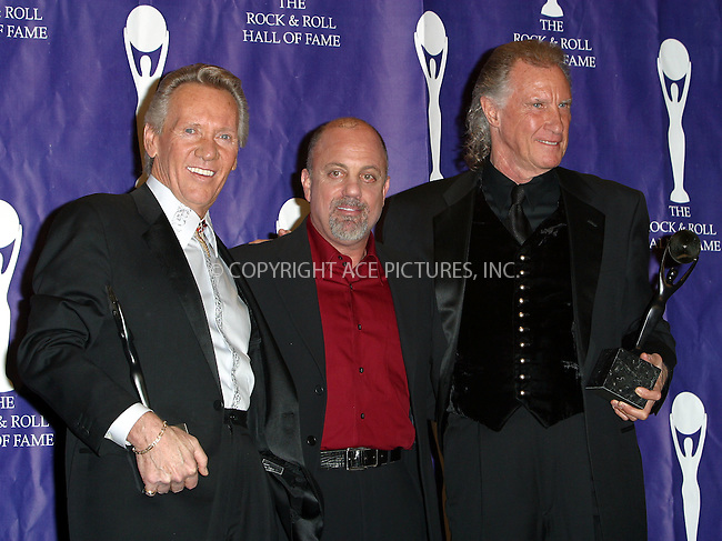 """""""Righteous Brothers"""" Bobby Hartfield and Bill Medley with Billy Joel at the Rock and Roll Hall of Fame 18th Annual Induction Ceremony. New York, March 10, 2003. Please byline: Alecsey Boldeskul/NY Photo Press.   ..*PAY-PER-USE*      ....NY Photo Press:  ..phone (646) 267-6913;   ..e-mail: info@nyphotopress.com"""
