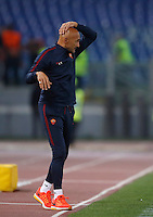 Calcio, Serie A: Roma, stadio Olimpico, 21 settembre 2016.<br /> Roma&rsquo;s coach Luciano Spalletti follows the game during the Serie A soccer match between Roma and Crotone at Rome's Olympic stadium, 21 September 2016. Roma won 4-0.<br /> UPDATE IMAGES PRESS/Isabella Bonotto