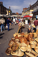 outdoor market, Burgundy, France, Toucy, Yonne, Bourgogne, Europe, Baskets for sale on Market Day in downtown Toucy in the region of Burgundy.