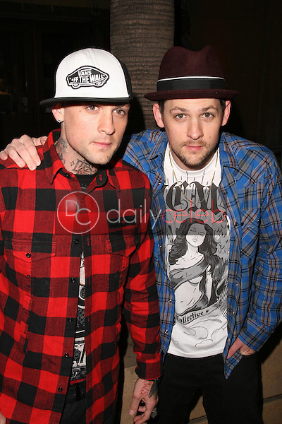 Benji Madden and Joel Madden<br />at the Los Angeles Premiere of 'Anvil! The Story of Anvil'. The Egyptian Theatre, Hollywood, CA. 04-07-09<br />Dave Edwards/DailyCeleb.com 818-249-4998