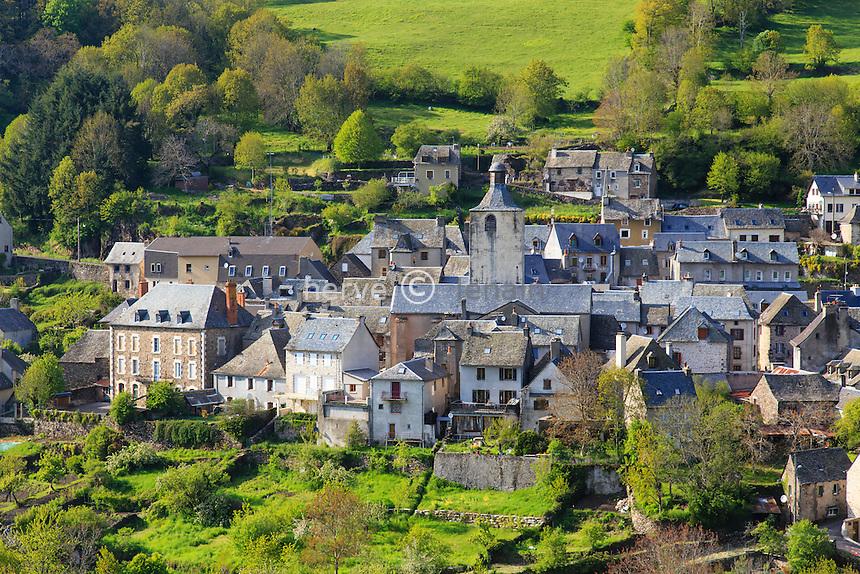 France, Aveyron (12), plateau de l'Aubrac, Saint-Chély-d'Aubrac, le village // France, Aveyron, Saint Chely d'Aubrac, the village