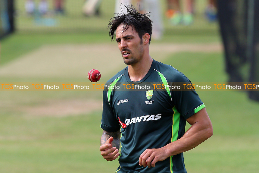Mitchell Johnson of Australia warms up ahead of Day Two - Essex CCC vs Australia - Tourist Match ahead of the 2015 Ashes Series at the Essex County Ground, Chelmsford, Essex - 02/07/15 - MANDATORY CREDIT: Gavin Ellis/TGSPHOTO