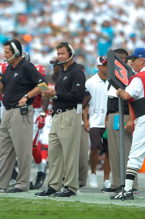 JIM MORA of the Atlanta Falcons in action againt the Carolina Panthers on September 10, 2006 in Charlotte, NC...Falcons win 20-6..David Durochik / SportPics