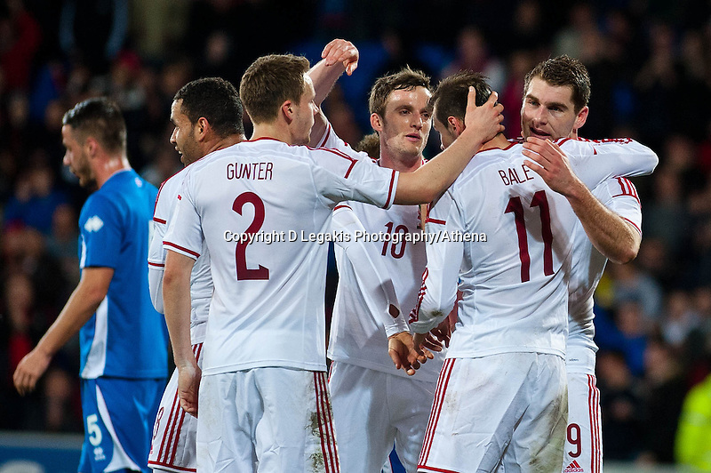 Wednesday 05 March 2014<br /> Pictured: Wales celebrate Sam Vokes's goal <br /> Re: International friendly Wales v Iceland at the Cardiff City Stadium, Cardiff,Wales UK