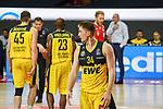 Ian Hummer (EWE Baskets Oldenburg) mit seiner Mannschaft, EWE Baskets Oldenburg vs. Brose Bamberg, easycredit Basketball-Bundesliga, Viertelfinal Rueckspiel, 20.06.2020. nph0001 Foto: Eibner/Memmler/Pool/nordphoto