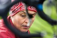 20 JUL 2008 - MANLEY, UK - A competitor prepares for the start in transition - Deva Divas Triathlon. (PHOTO (C) NIGEL FARROW)