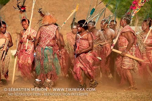 Vanuatu, troupe de danse de Pentecost