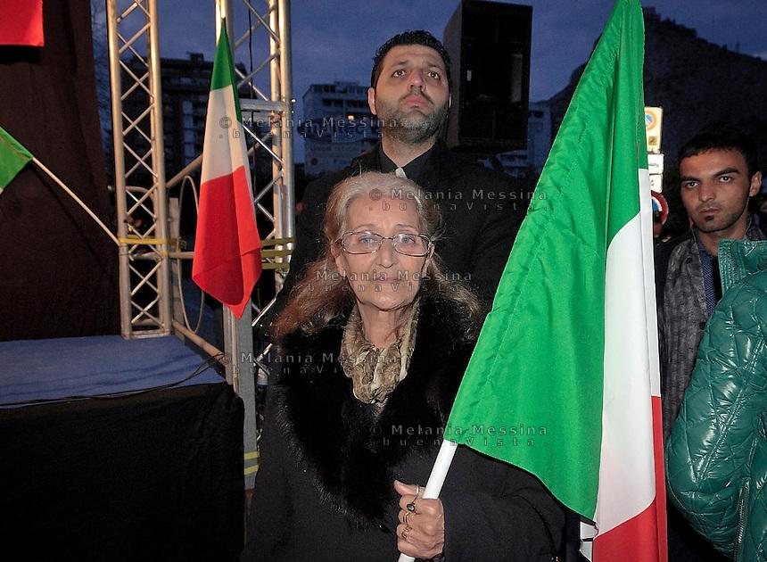 Palermo: militante del FLI di Gianfranco Fini