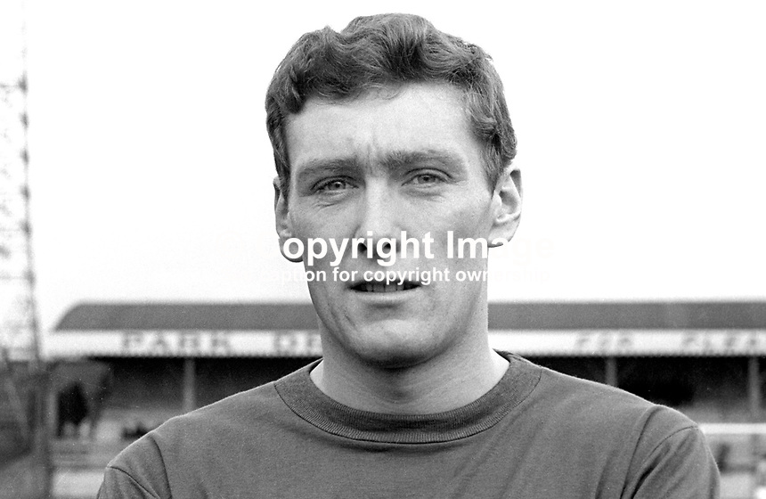 Ron Wood, footballer, Linfield FC, Belfast, N Ireland, August, 1967, 1967000066<br /> <br /> Copyright Image from Victor Patterson, 54 Dorchester Park, Belfast, UK, BT9 6RJ<br /> <br /> Tel: +44 28 9066 1296<br /> Mob: +44 7802 353836<br /> Voicemail +44 20 8816 7153<br /> Email: victorpatterson@me.com<br /> Email: victorpatterson@gmail.com<br /> <br /> IMPORTANT: My Terms and Conditions of Business are at www.victorpatterson.com
