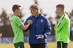 07.01.2018, San Pedro del Pinatar, Pinatar Arena, ESP, FSP FC Twente Enschede (NED) vs Werder Bremen (GER), im Bild<br /> <br /> Gertjan Verbeek (FC Twente Enschede #COACH) wird von #&auml;wb18 Begr&uuml;&szlig;t re  Aron J&oacute;hannsson / Johannsson (Werder Bremen #9)<br /> <br /> Foto &copy; nordphoto / Kokenge
