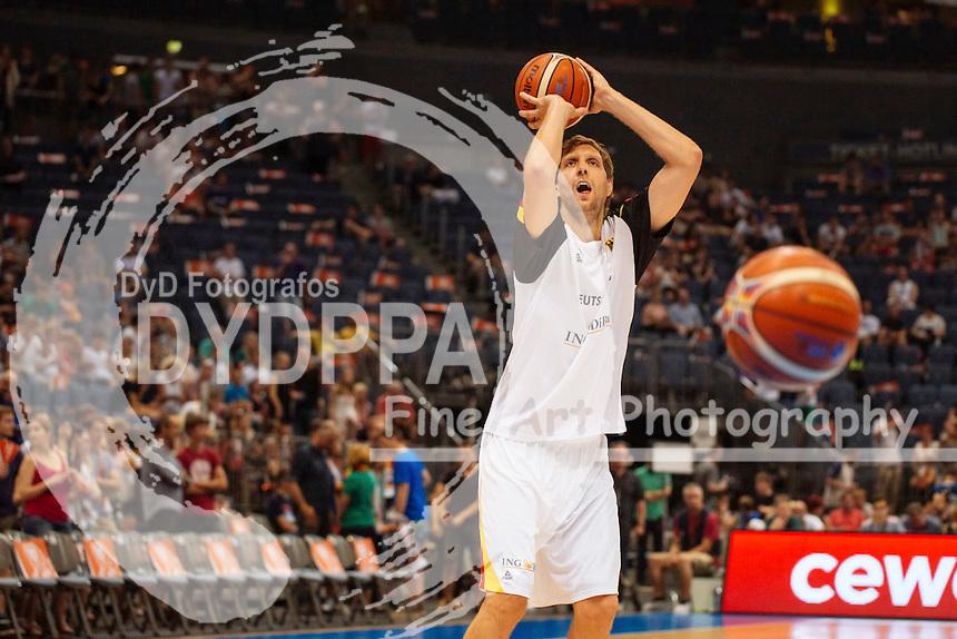 Dirk Nowitzki beim Basketball EM-Testspiel Deutschland gegen Frankreich (63:68) in der Lanxess Arena. Köln, 30.08.2015