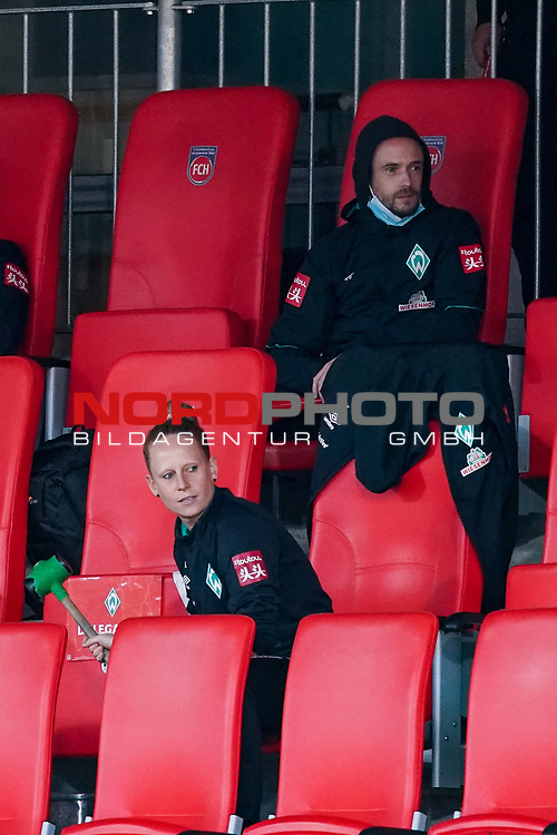 Die Trommlerin Laura Kersting (Physiotherapeutin SV Werder Bremen) # die Trompete mit Yannik / Medien Abteilung<br /> <br /> <br /> Sport: nphgm001: Fussball: 1. Bundesliga: Saison 19/20: Relegation 02; 1.FC Heidenheim vs SV Werder Bremen - 06.07.2020<br /> <br /> Foto: gumzmedia/nordphoto/POOL <br /> <br /> DFL regulations prohibit any use of photographs as image sequences and/or quasi-video.<br /> EDITORIAL USE ONLY<br /> National and international News-Agencies OUT.