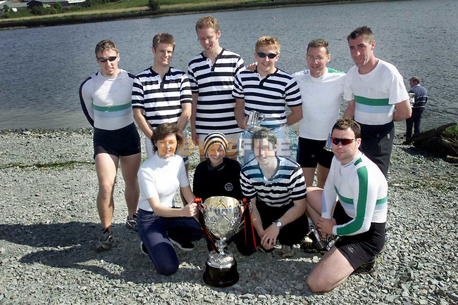 Siobhan Woods, Drogheda Concentrates with Island Bridge who won the Hibernia Grand Challange Cup which was sponsered by Drogheda Concentrates at the Boyne Millenium Regetta on Sunday..Picture Paul Mohan Newsfile