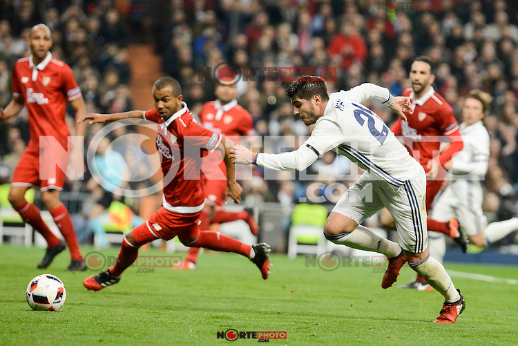 Real Madrid's Alvaro Morata and Sevilla FC's Mariano Ferreira during Copa del Rey match between Real Madrid and Sevilla FC at Santiago Bernabeu Stadium in Madrid, Spain. January 04, 2017. (ALTERPHOTOS/BorjaB.Hojas) NortePhoto.com