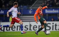 FUSSBALL   1. BUNDESLIGA   SAISON 2011/2012   22. SPIELTAG Hamburger SV - Werder Bremen       18.02.2012 Marko Arnautovic (re, SV Werder Bremen) erzielt das Tor zum 1:3, Slobodan Rajkovic (Hamburger SV) kommt zu spaet.